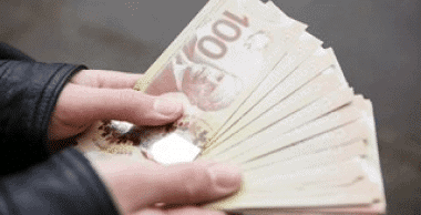 cash for gold in hand